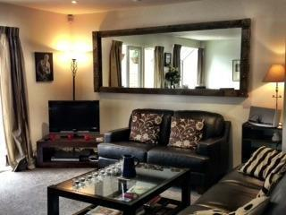 Stylish Fully Furnished Executive Apartment, Christchurch