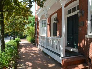 Dreamhouse on Tattnall, Savannah