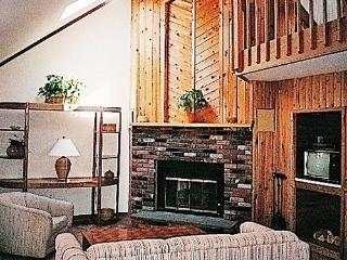 Killington townhouses- duplex, killington, vermont