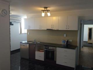 Large Self contained Apartment Perth City Views, Mount Lawley