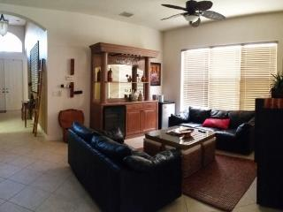 Beautiful Spacious 3 Bedroom 2 Bathroom Home!, Miramar