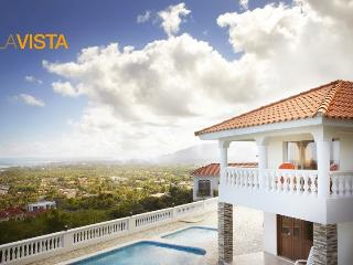 Private Gated Entrance, Pool, Jacuzzis, & Views, Puerto Plata