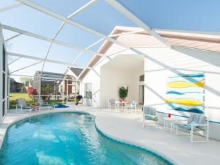 Excellent Value - Family Vacation Home with Pool, Kissimmee