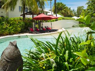 Stunning 1 bed Spa bath Apartment, Palm Cove