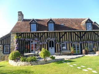 Normandy Traditional Timber-Framed Farmhouse, Domfront