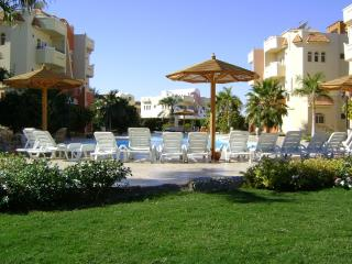 hurghada resort apartment for max 20 persons, Hurghada