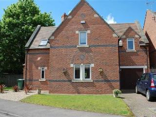1 Home Farm, Kelham
