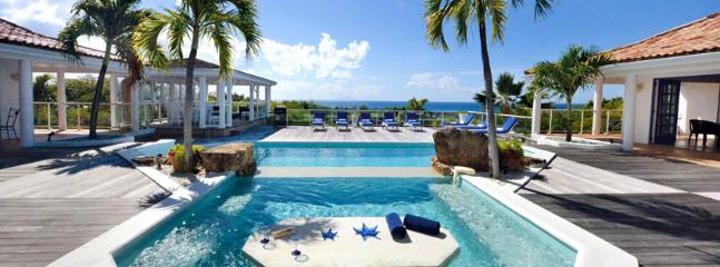 Villa Belle Fontaine St. Martin Villa 315 Enjoy Gazing Out Into The Beautiful Blue Ocean And Saba From The Huge Wooden Deck., Terres Basses