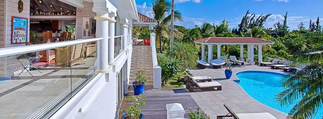 Villa Pamplemousse SPECIAL OFFER: St. Martin Villa 325 Take Comfort In The Fully Air Conditioned Living And Kitchen Area With New Decorations Throughout., Terres Basses