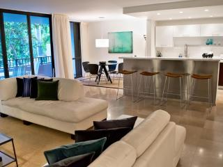 Ultra-Modern 2 Bedroom Apartment in Key Biscayne, Miami