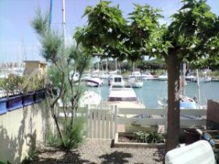 Cap d'Agde holiday gite sleeps 4, Bessan