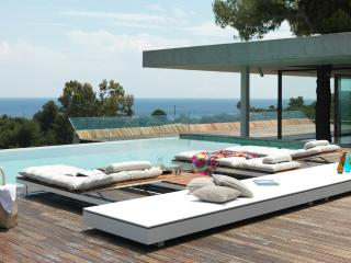 Villa 4 Elements with private pool, Koukounaries