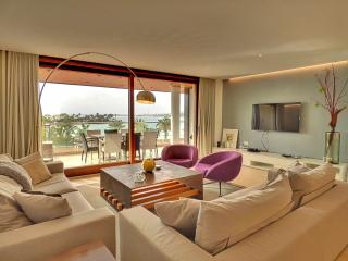 'Skyfall' - Alcudia  Luxury Apartment - best in To, Port d'Alcudia