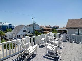 Crane Roost  -  Slow down and relax at this contemporary North End townhouse, Wrightsville Beach
