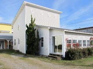Sand E Shores -  Updated pet friendly house with ocean views close to the pier, Kure Beach