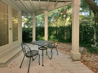 Totally Redecorated Beautiful 1BR/1.5BA Pet Friendly Villa in Palmetto Dunes, Hilton Head
