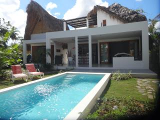 Splendid new villa (4 bedrooms) near beach/center, Las Terrenas