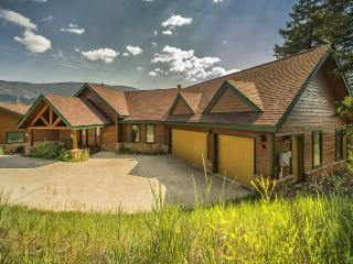 Retreat at Summerwood - Completely remodeled, high end furnishings, recreation room!, Dillon