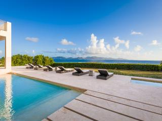 BEST VALUE! Oceanfront Villa Beaches Edge East, Anguilla