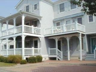 CONDO WITH POOL 4034, Cape May