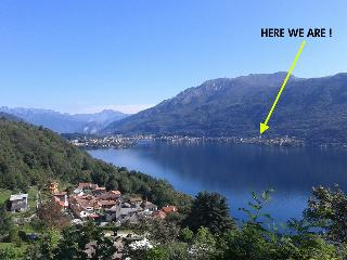 large and bright flat on lake Orta, Omegna