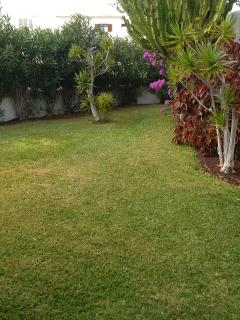 large side garden, ideal for a kick around ......