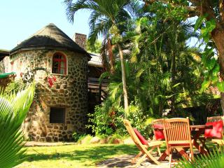 The Old Fort - Historic Estate Property On Bequia