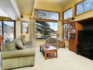 Snowcreek 724 - Luxury Mammoth Townhome, Mammoth Lakes