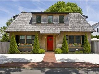 127 - Great Downtown Edgartown Vacation Rental