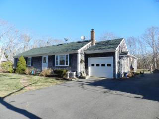 #7805 Well equipped and handicapped accessible ranch, Edgartown