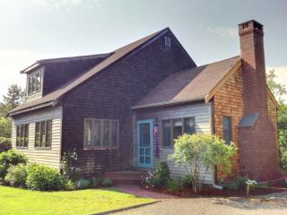 #7198 4BR Rental Home Located In Edgartown Estates, Katama