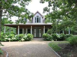#7811 Enjoy relaxed sophistication in this summer home, Edgartown