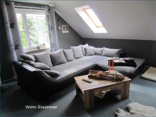 Vacation Apartment in Wernrode - 1066 sqft, quiet, central, natural (# 5319), Straussberg