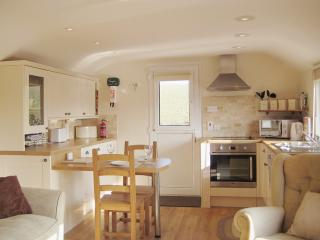 L260 - Well Cottage Apartment, Galmpton