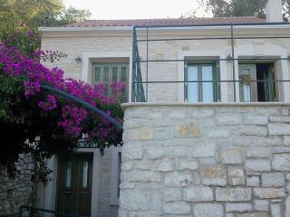 Melissa Ithaca House,Peaceful with wonderful view, Ítaca