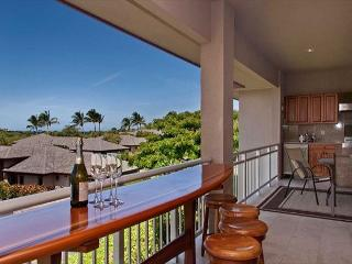 Mauna Lani Townhome with Golf Course and Ocean View! VIP Beach Pass Included!, Waikoloa