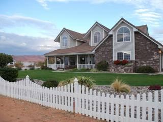 Rent the Wyoming ROOM for your stay in St. George, Saint George