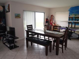 Cocoa Beach 3 bed condo