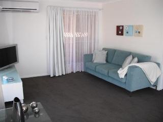 'Lakeview Park' Unit 28 - Close to Beach, Bargara