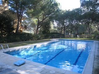 Apartment with a shared pool close to the beach, Llafranc