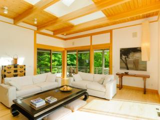 Zen House offers unbeatable views with serene surroundings, Lake Toxaway