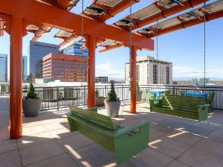 Stay Alfred Rooftop Deck Blocks to Coors Field SL2, Denver