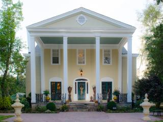 Clevedale Historic Inn and Gardens, Spartanburg