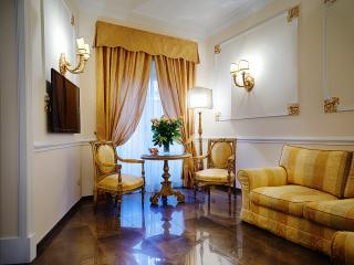 Luxury Vacation Rental Rome Spanish Steps