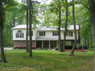 Come relax in cozy cute bedrooms in wooded setting, Elkton