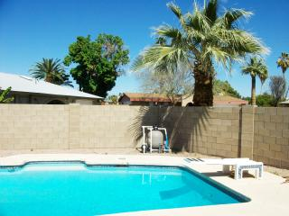 Large Beautiful Home Close to Everything, Phoenix