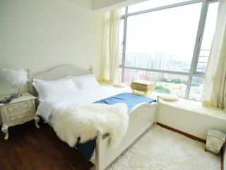 Private Bedroom with Nice City View, Singapur
