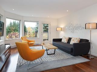 Wintergreen 34 | Contemporary Condo in Upper Village, Free Village Shuttle, Whistler