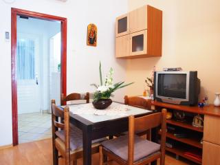 Lovely apartment in historic center, Korcula Town