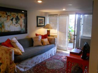 Ocean Close Cottage - Best Value in Laguna Beach